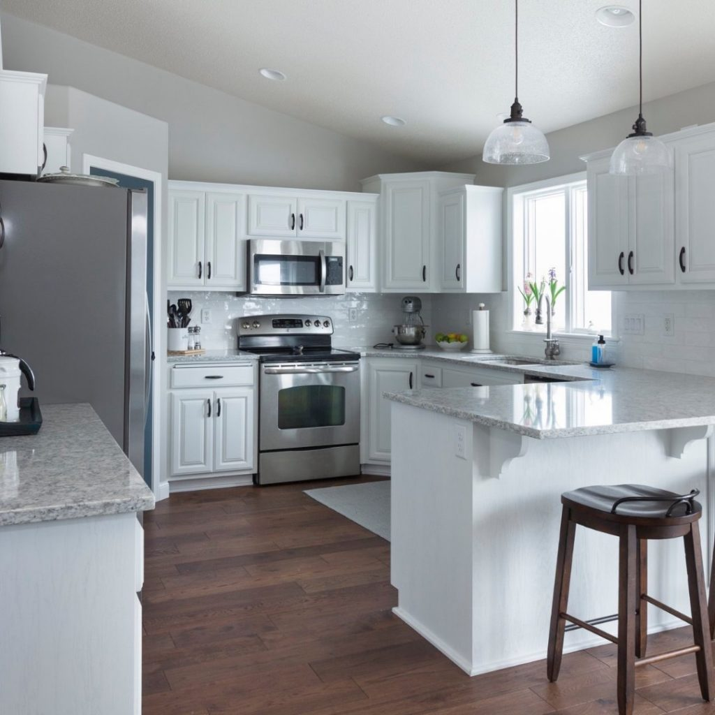 Refinishing your cabinets in Fargo, ND. What's right and what's wrong?